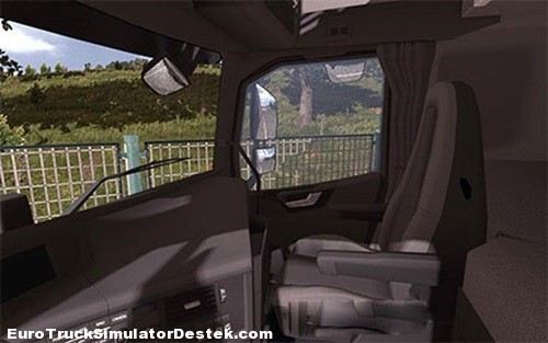 Volvo-FH-2013-black-interior