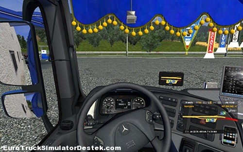 Mercedes-Benz-Actros-Interior