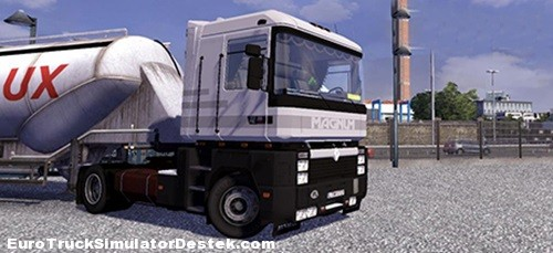 Renault-Magnum-AE