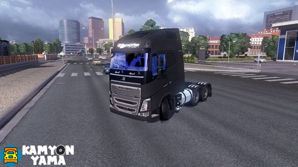 volvo-yeniden-duzenlenmis-kamyon-yama-01