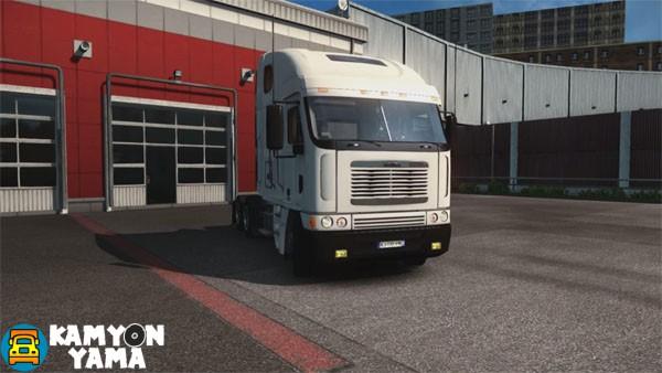 Freightliner-kamyon-yama