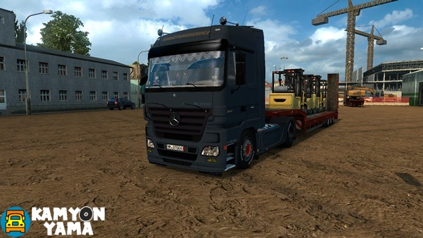 mercedes-benz-kamyon-yama-01