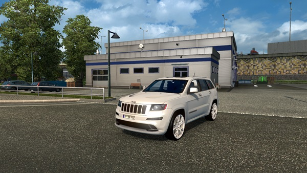 jeep_grand_cheeroke_srt8_1