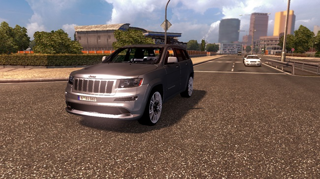 jeep_grand_cheeroke_srt8_araba_03